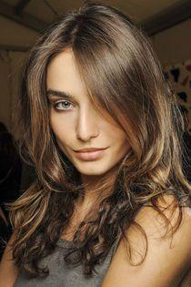 Trend-2013-Langes-Haar-hoch