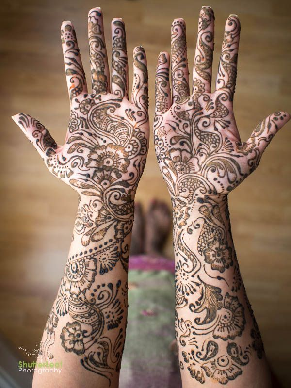 East Indian Henna Tattoo: Indian Henna Tattoo