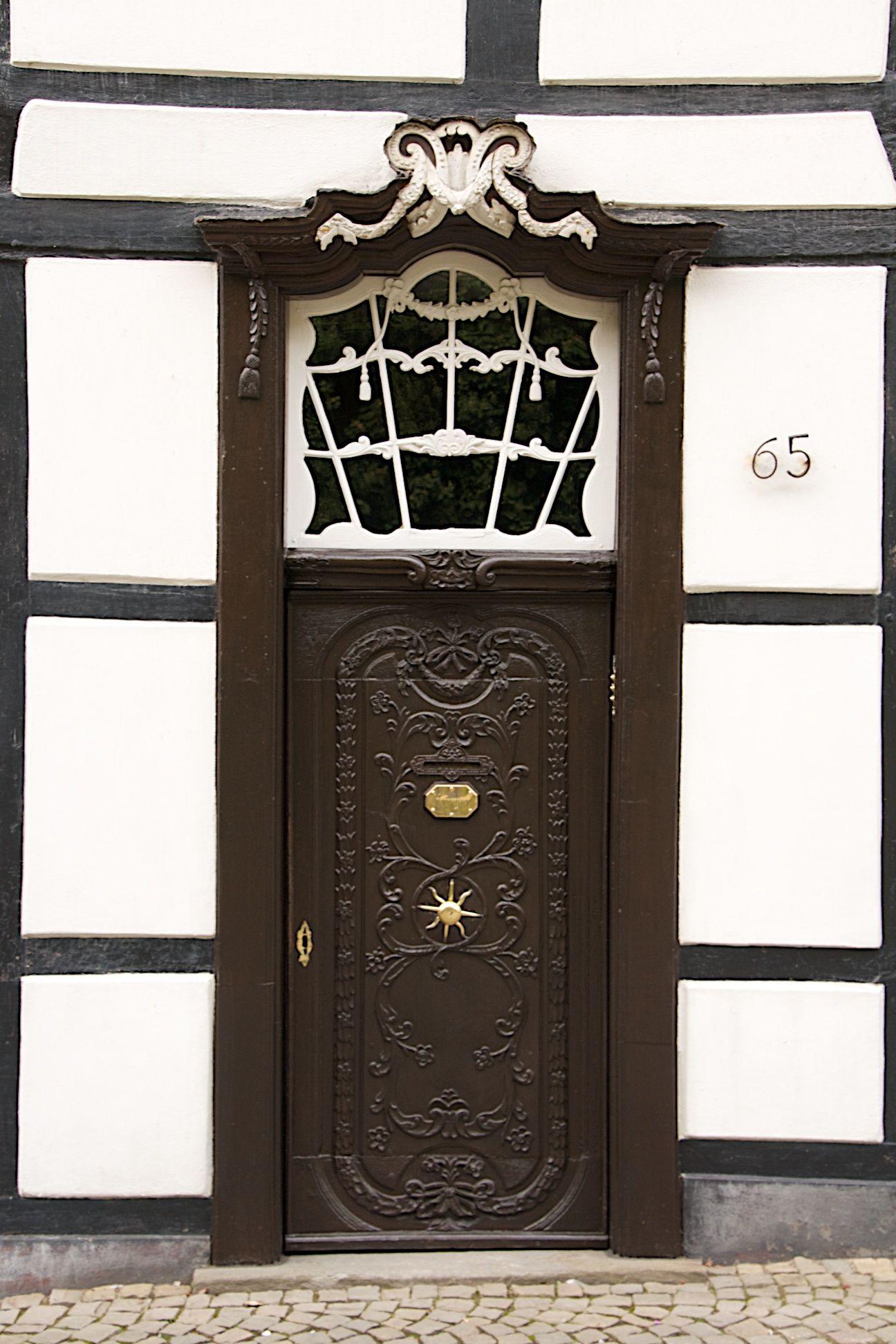 Fenster Und Türen Essen türdetail im rokoko stil des doktorhauses in der ruhrstraße 65