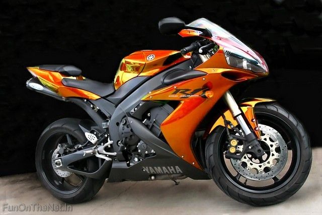 The Yamaha Yzf R1 Motorcycle Introduced In 1998 Was The First