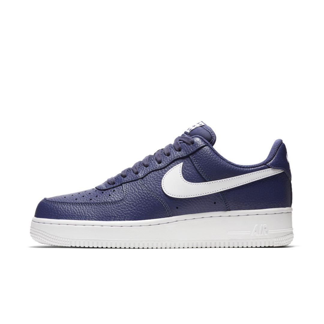 Nike Air Force 1 07 Men's Shoe Size 9 (Blue Recall