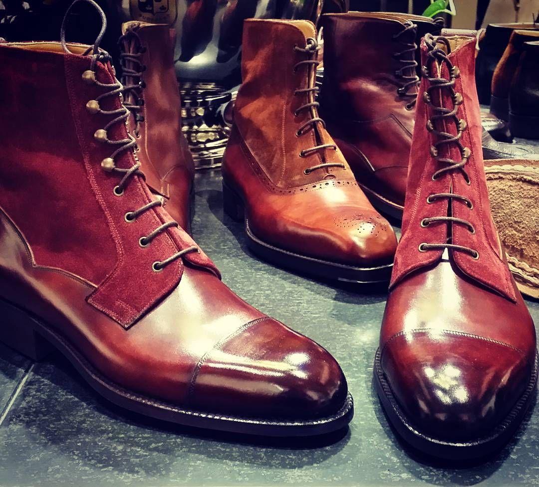 #madetomeasure #shoegazingblog #tailoring #shoeoftheday #suitsupply #bridalshoes #bootporn #brownshoes #jmweston #sartoria #handmadeshoes #tailored #bespokeshoes #savilerow #classicshoes #shoesoftheday #styleforum #shoeaddict #oxfordshoes #shoegazing #shoeslover #shoecollection #dapperman #weddingshoes #shoemaker #shoestyle