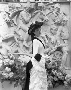 """Costume from the movie """"Anna Karenina"""" directed by Julien Duvivier (1948)"""