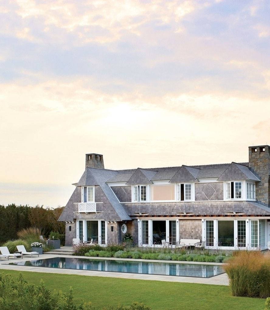 Get Inspired With Our Selection Of Amazing Houses For More Inspiration Just Visit Spotools Com Hamptons House Luxury House Designs House Exterior