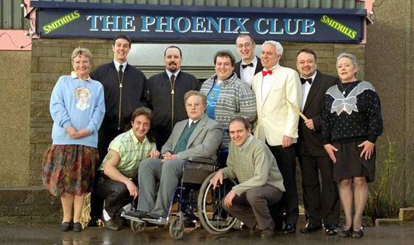 Phoenix Nights Another Peter Kay Comedy Set In A Working Mens Club In Bolton Phoenix Nights Comedy Tv Peter Kay