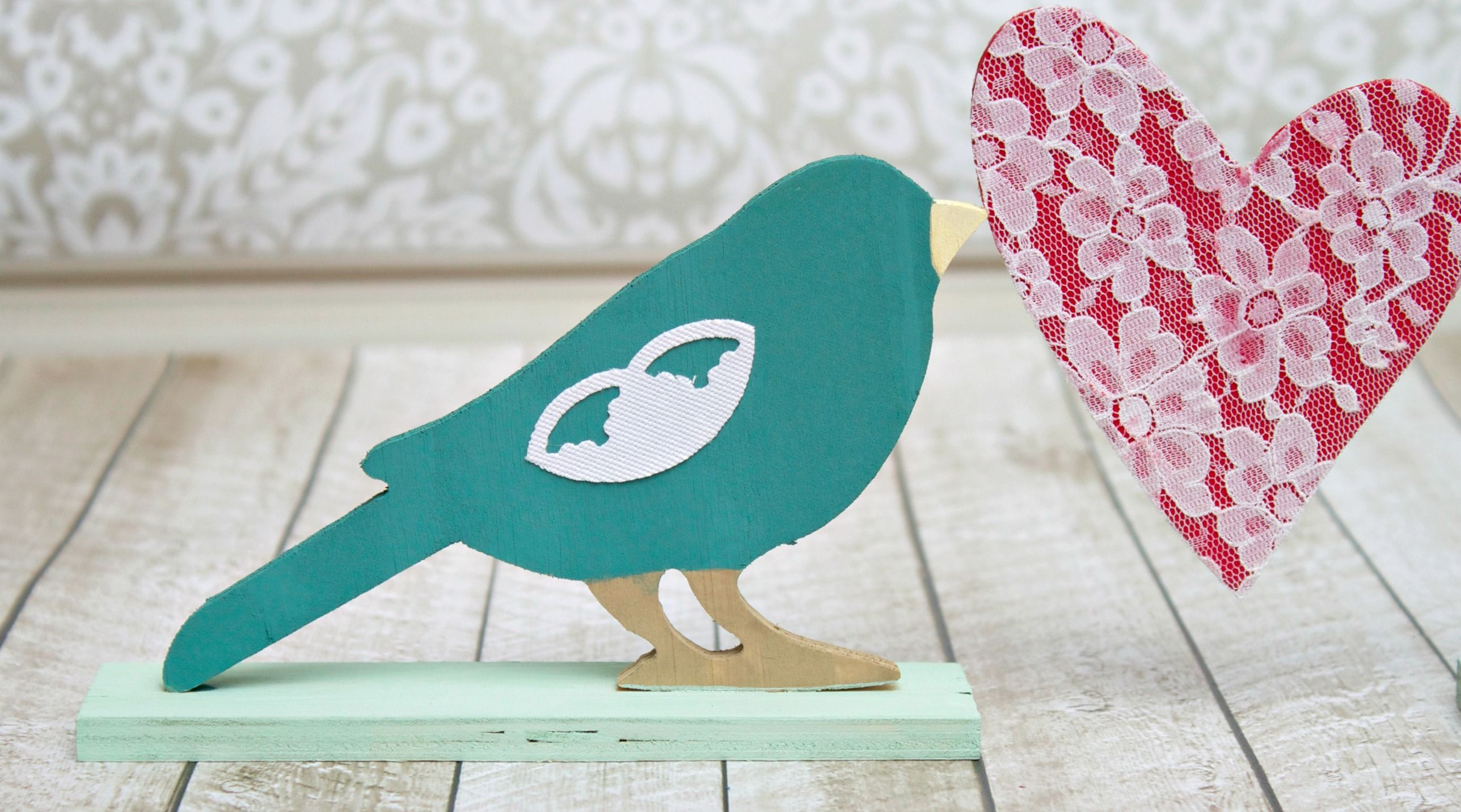 "These ""love""ly birds are great for party, wedding, or home decor!  You can see my full tutorial HERE at the Darice blog."