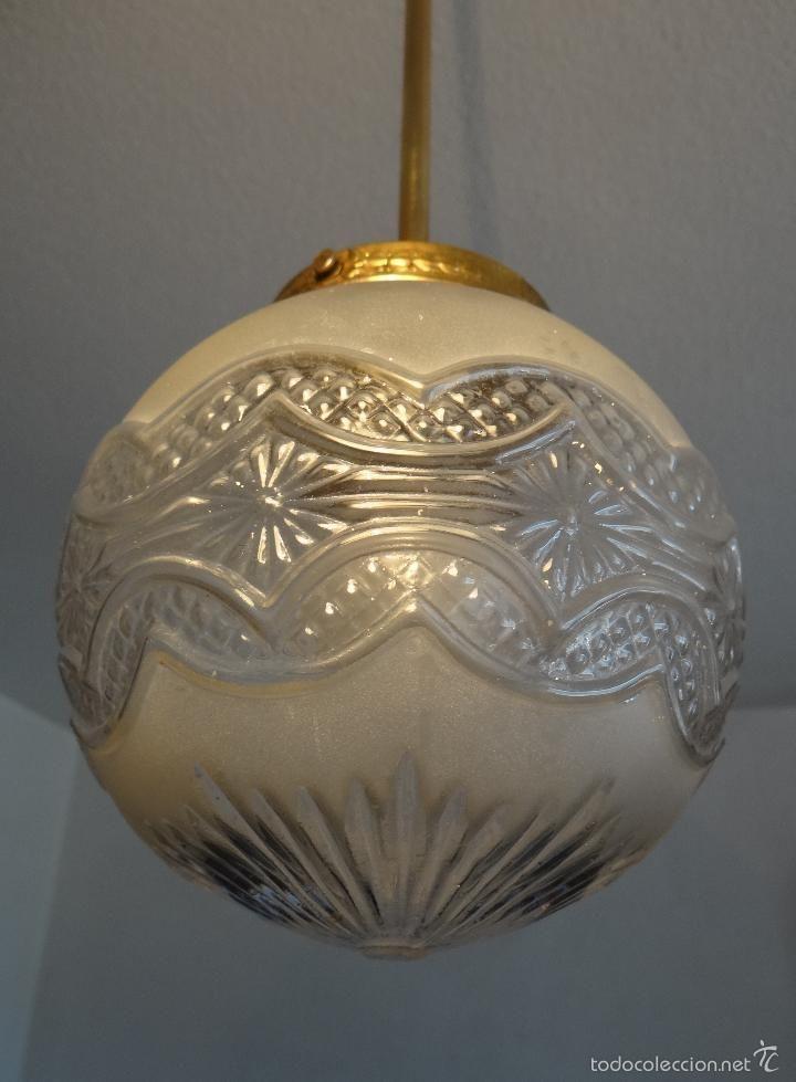 Lampara antigua art deco globo decorado en relieve - Venta de lamparas antiguas ...