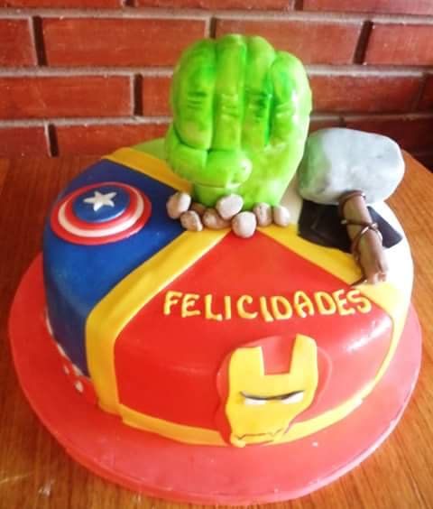 #Advenger #fondant #cake by Volován Productos  #instacake #puq #Chile #VolovanProductos #Cakes #Cakestagram #SweetCake