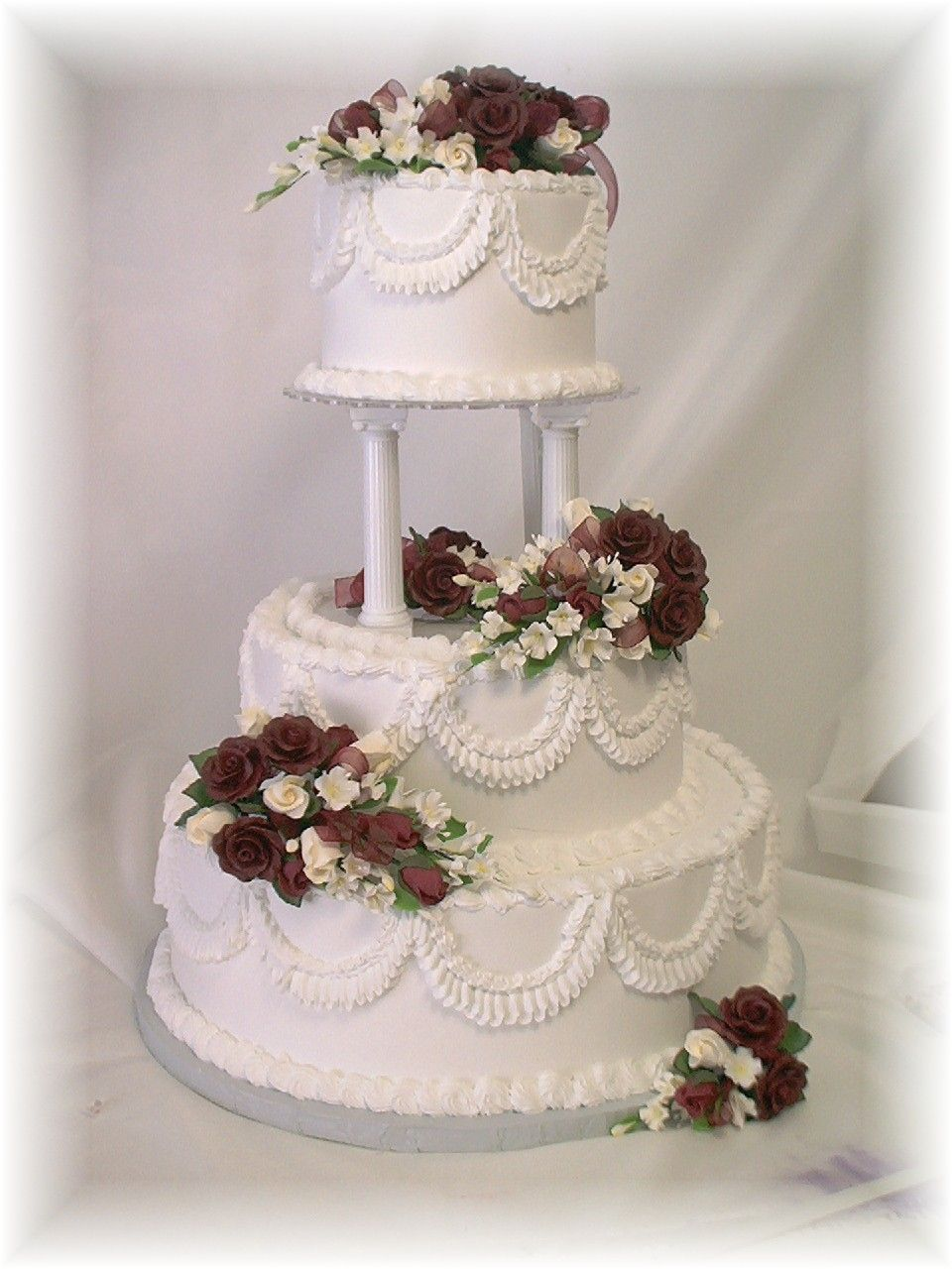 wedding cake separate tiers separated tiered wedding cakes images pasteles de 24270