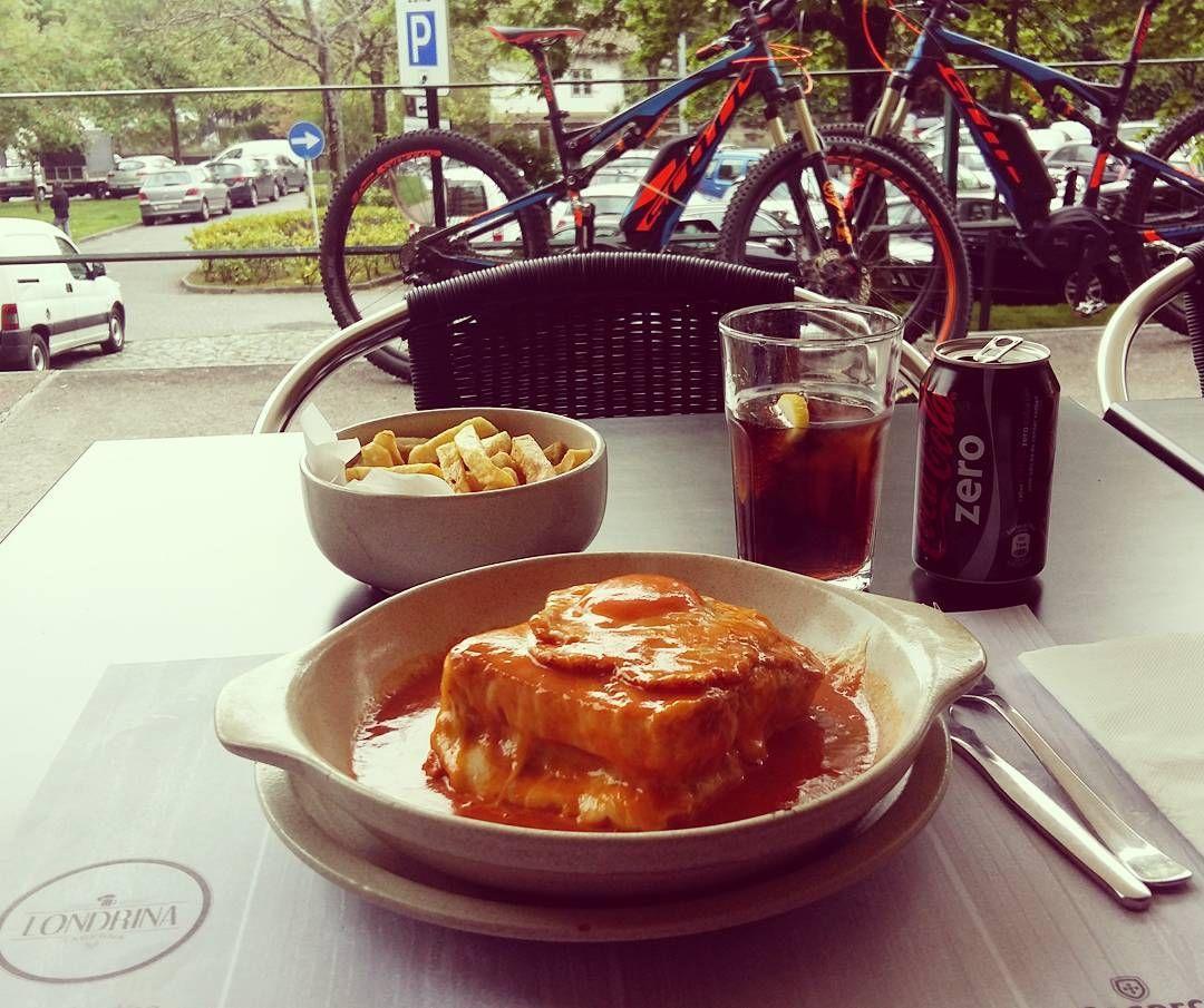 Instagram picutre by @fooliveira: Lunch break  #lifestyle #life #mylife #myworld #viveatuavida #lunchbreak #scott #ebike #tabernalondrina - Shop E-Bikes at ElectricBikeCity.com (Use coupon PINTEREST for 10% off!)