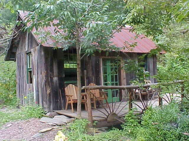 Classic mountain cabin cabins and country homes for Appalachian mountain cabins