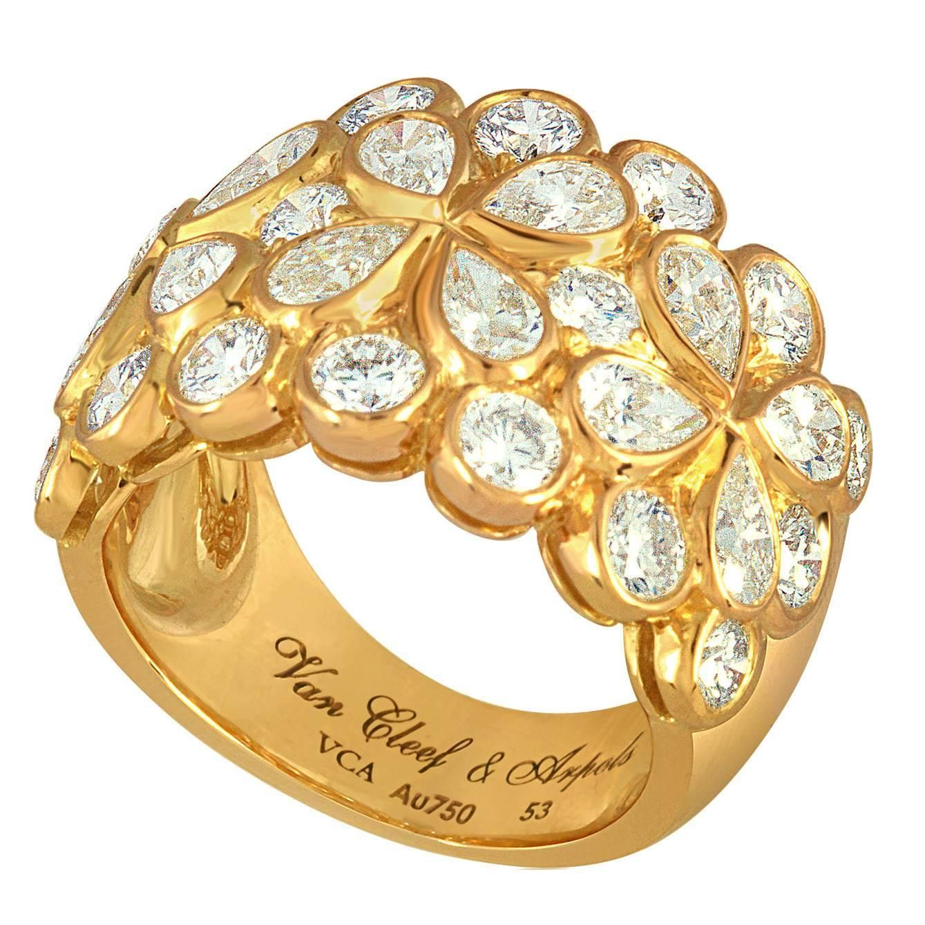 """Van Cleef & Arpels """"Rosee"""" Diamond Gold Floral Band Ring 