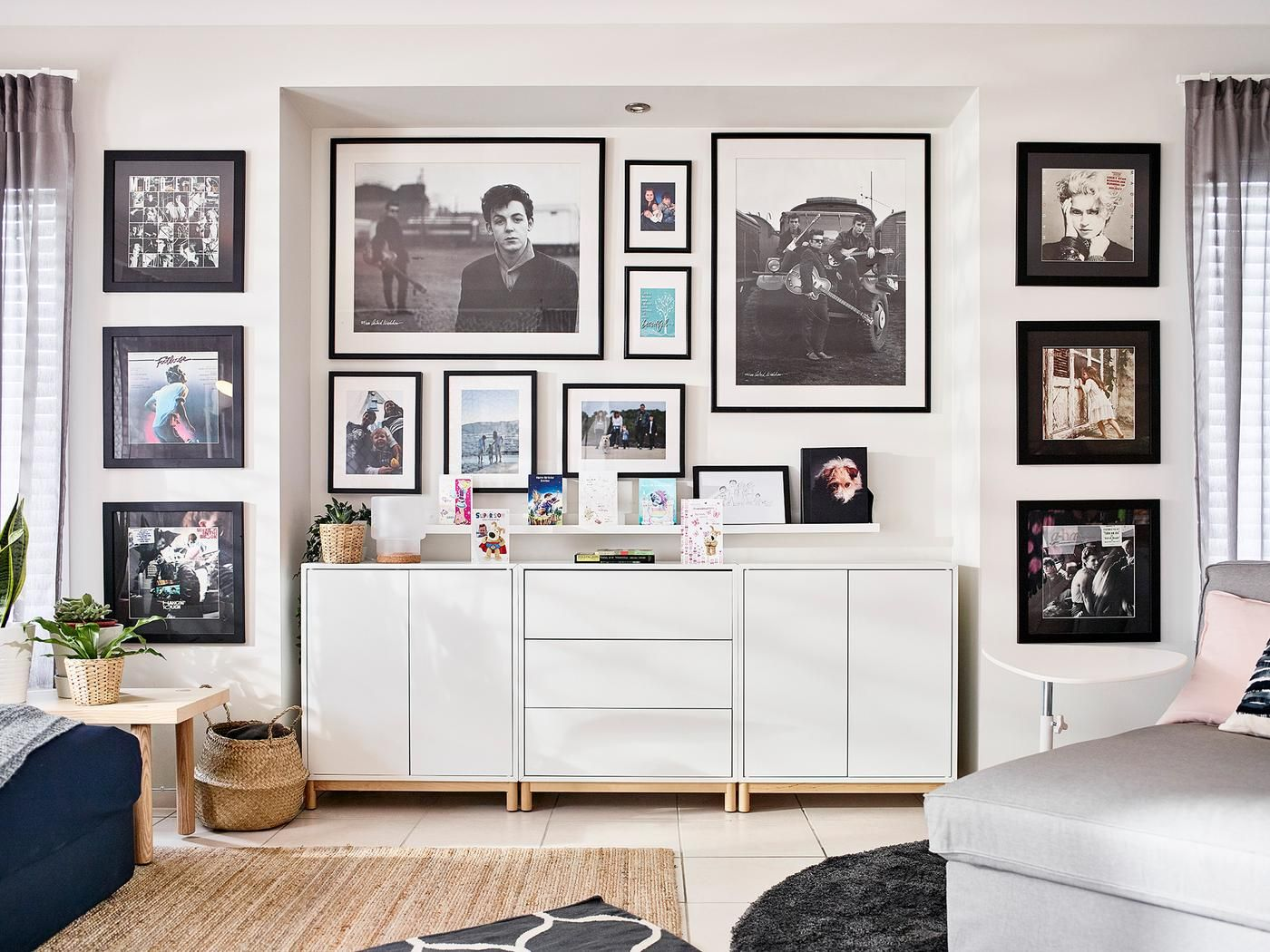 How To Design A Living Room Without A Tv Centre Stage Livingroom Layout Living Room Bedroom Combination Living Room Without Tv