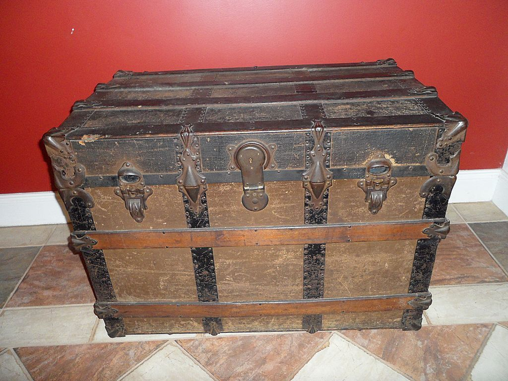 ed8eb2691e68 Antique Victorian Era Large Steamer Chest Trunk Late 1800s  This is exactly like  the one we had that was my great Grandmother s who was from Austria