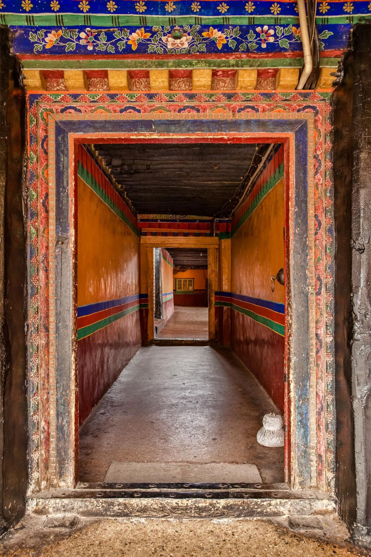 tibet first impression tibet palaces and the o jays a photo story documenting my first impression of tibet and its surrounding nature people and culture