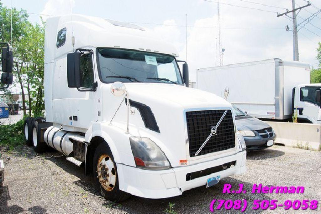 2011 volvo tandem axle sleeper volvo commercial vehicle