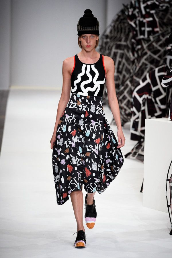 : Henrik Vibskov SS16 : Copenhagen Fashion Week