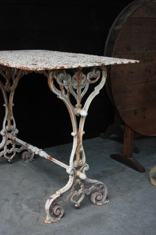 antique cast iron garden table and chairs chair lift for stairs india 19 th century items by category antiques decorative