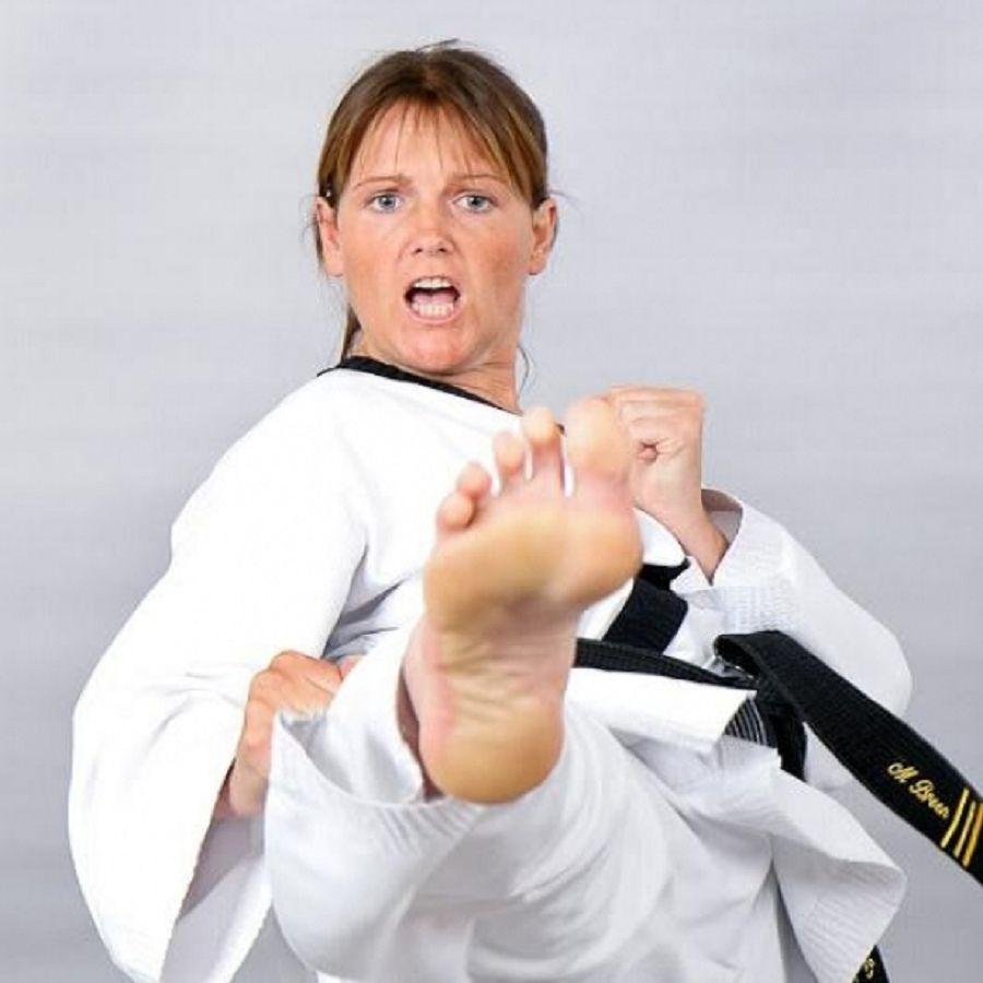 Adult Karatemma