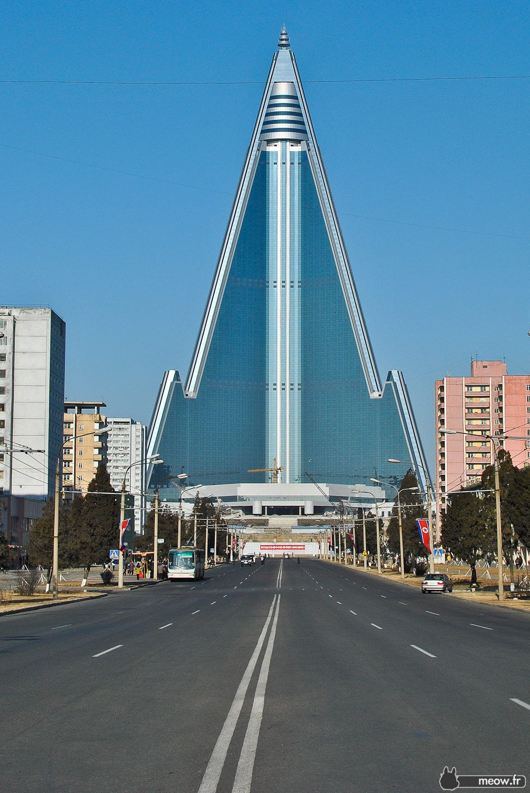 Ryugyong hotel interior - Find This Pin And More On Architecture And Interior Design