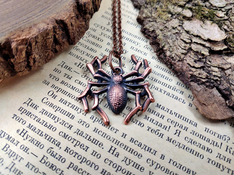 Halloween Black Widow Spider Necklace