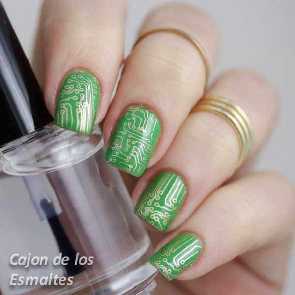 Nerdy Nail Designs: 30 Awesome Manis for Geek Goddesses | Nail art ...