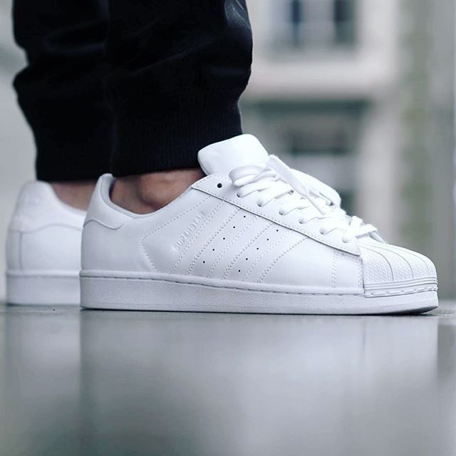 adidas womens superstar knicks east river rivalität weiß - weiß