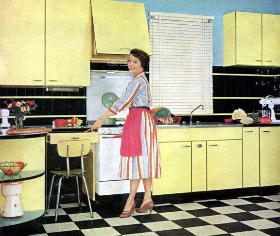 Cuisine En Formica De La Marque Amiral De 1959 Yellow Kitchen Designs Yellow Kitchen Tuscan Kitchen
