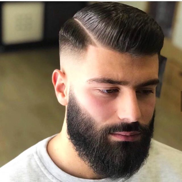 44 Supercoole Pompadour Frisuren Fur Manner In 2020 Kurze Haare Und Bart Manner Frisur Kurz Haarschnitt Manner