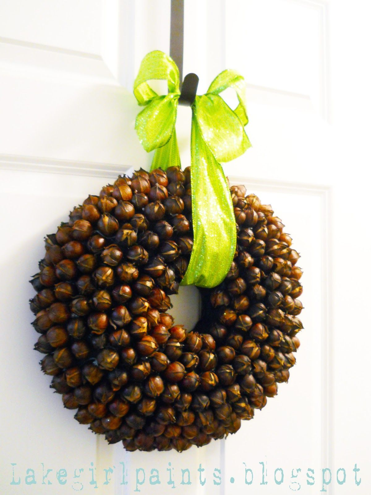 Tutorial for a hickory nut wreath. I\u0027m thinking I could use Sweet ...