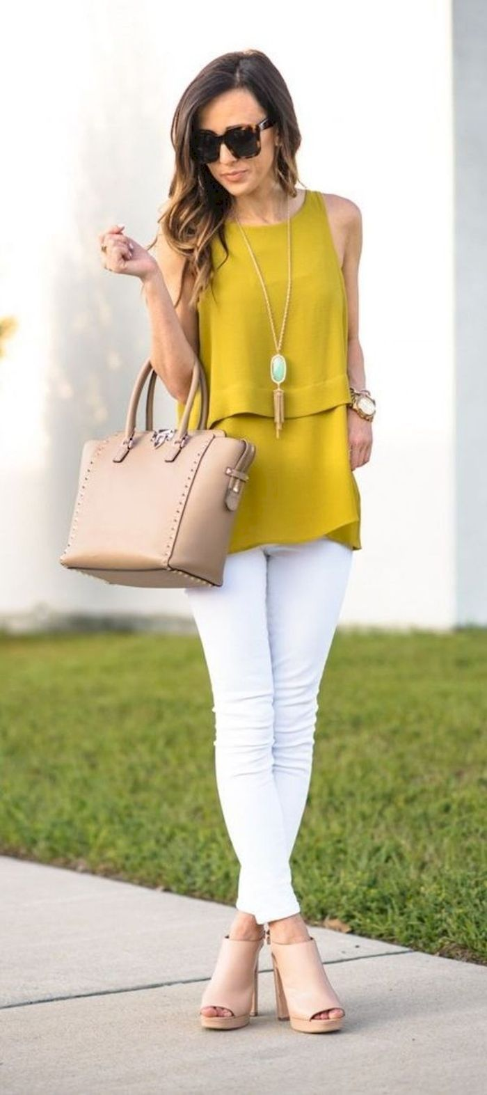 41 Simple Casual Spring Business Outfits for Women Over 40