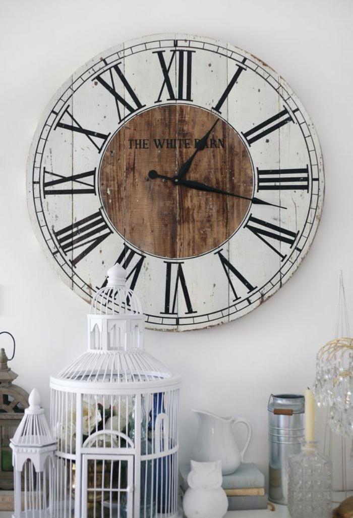 la grande horloge murale en photos grandes horloges murales grandes horloges et style shabby chic. Black Bedroom Furniture Sets. Home Design Ideas