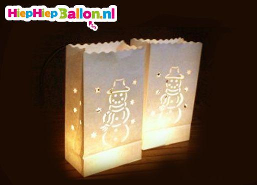 Nieuwe winter candle bags met leuke sneeuwpop op www.hiephiepballon.nl NU 10 stuks voor maar €9,95!
