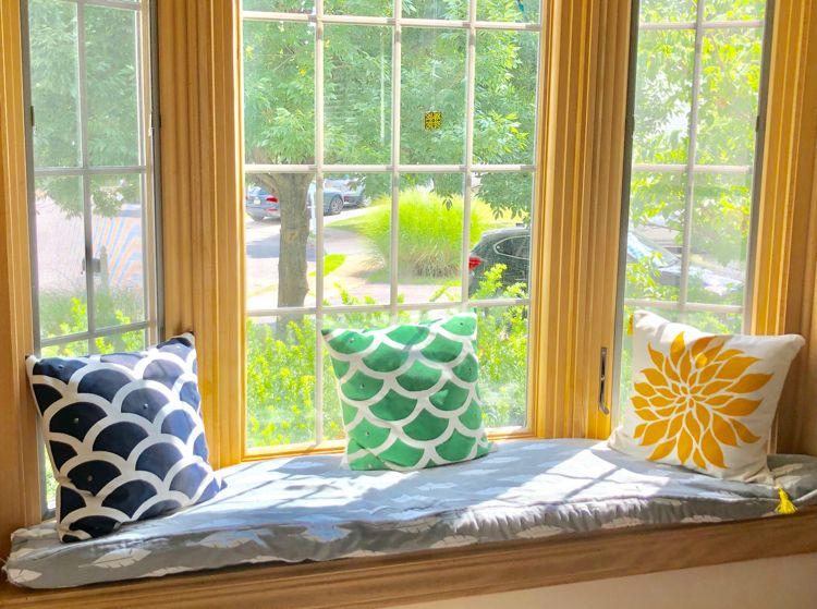 Diy window seat box cushion diy window seat diy window