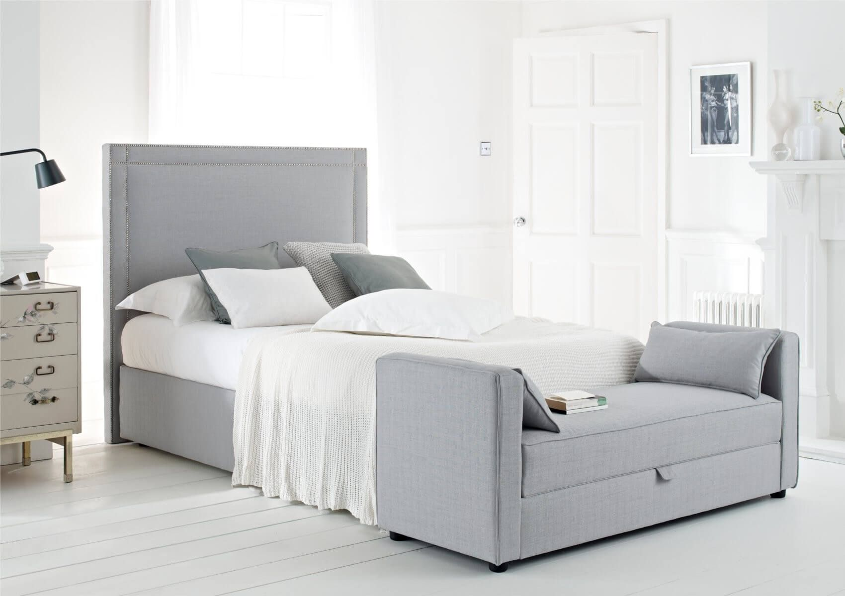 Some Of The Best Single Bed Designs To Have In Your Home Headboards For Beds Black Bedroom Furniture Woman Bedroom