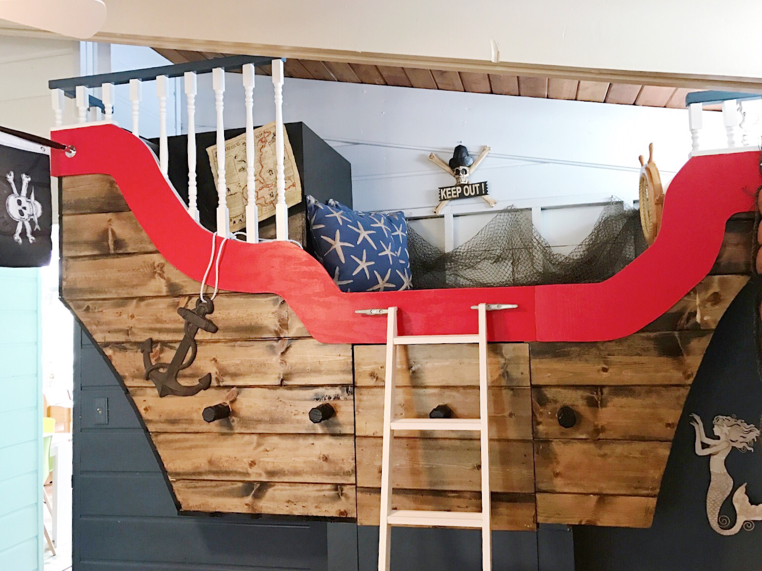 This Built In Pirate Ship Bed Is The Perfect Place For Kids To