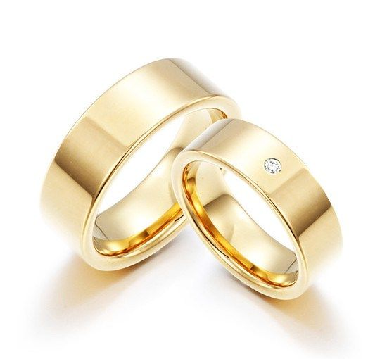 57f6463b9 Par de Alianças Casamento Retas Aço Banhadas a Ouro