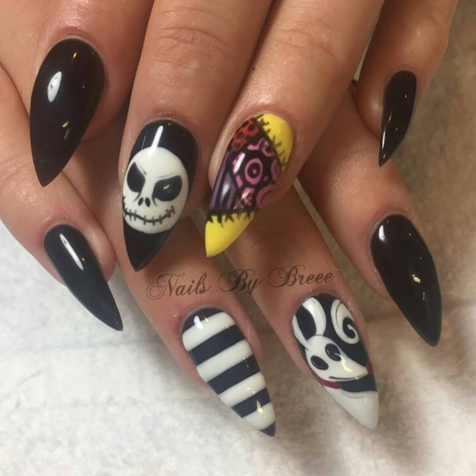 Unique Nightmare Before Christmas Nails Nightmare Before Christmas Nails Halloween Nail Art Christmas Nails Acrylic