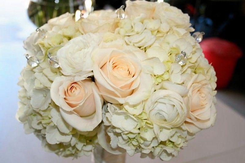 Peach Ranunculus And Hydrangea Bouquet | ... Ivory Roses, White Hydrangeas,  White