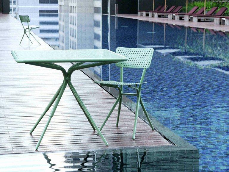 Table de jardin carrée en aluminium GRASSHOPPER | Table carrée ...