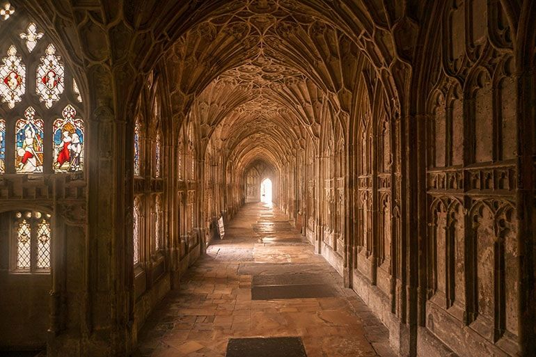 Ultimate Harry Potter Guide To Gloucester One Step Wanderer Harry Potter Filming Locations Harry Potter Travel Harry Potter Locations