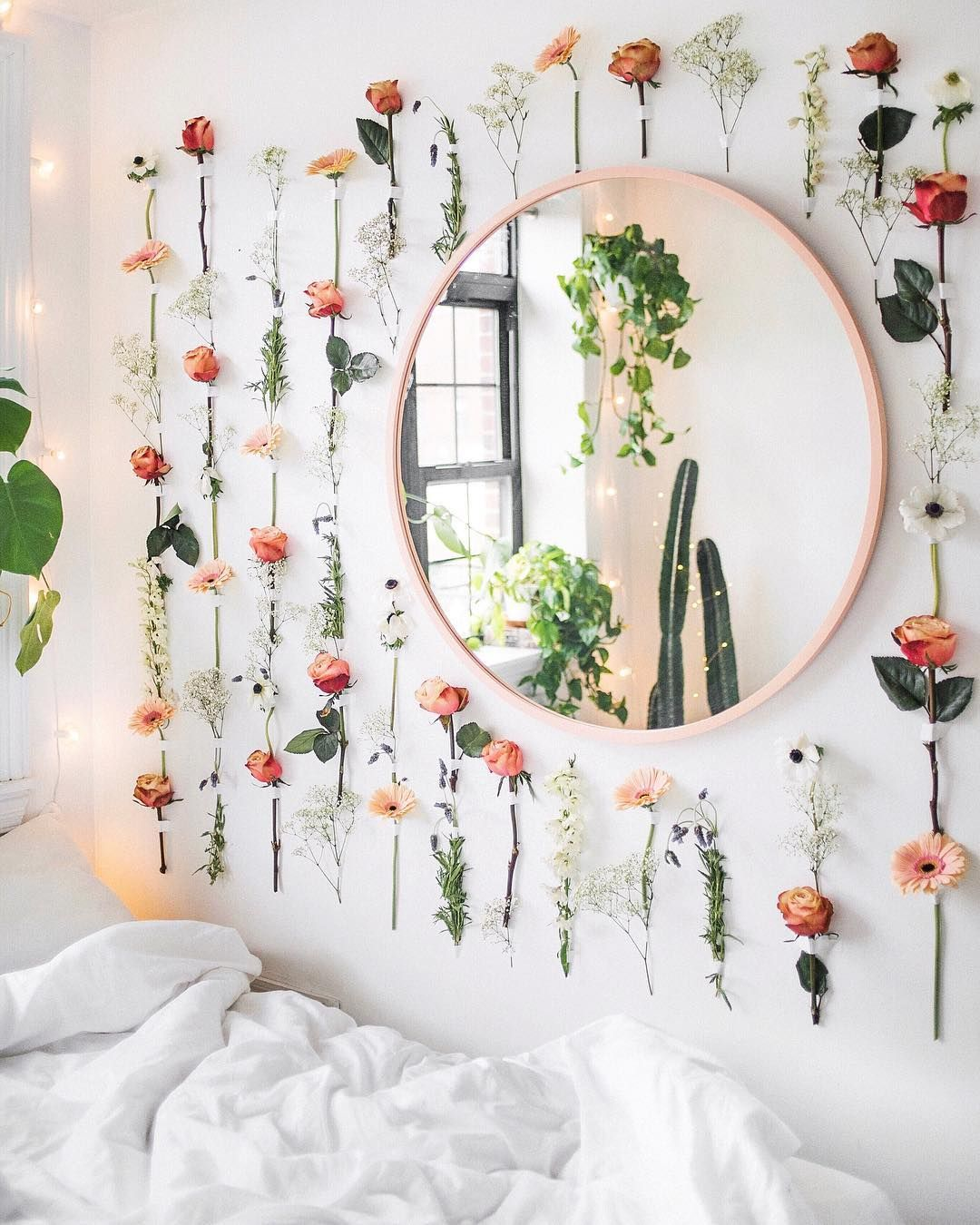 How To Decorate Dorm Room Walls Temporary Covering Ideas