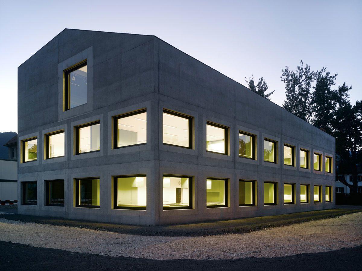 Wildrich Hien Architekten, Frei + Saarinen Architekten , Martin Saarinen, Johannes Marburg · Erweiterung Schule Balainen
