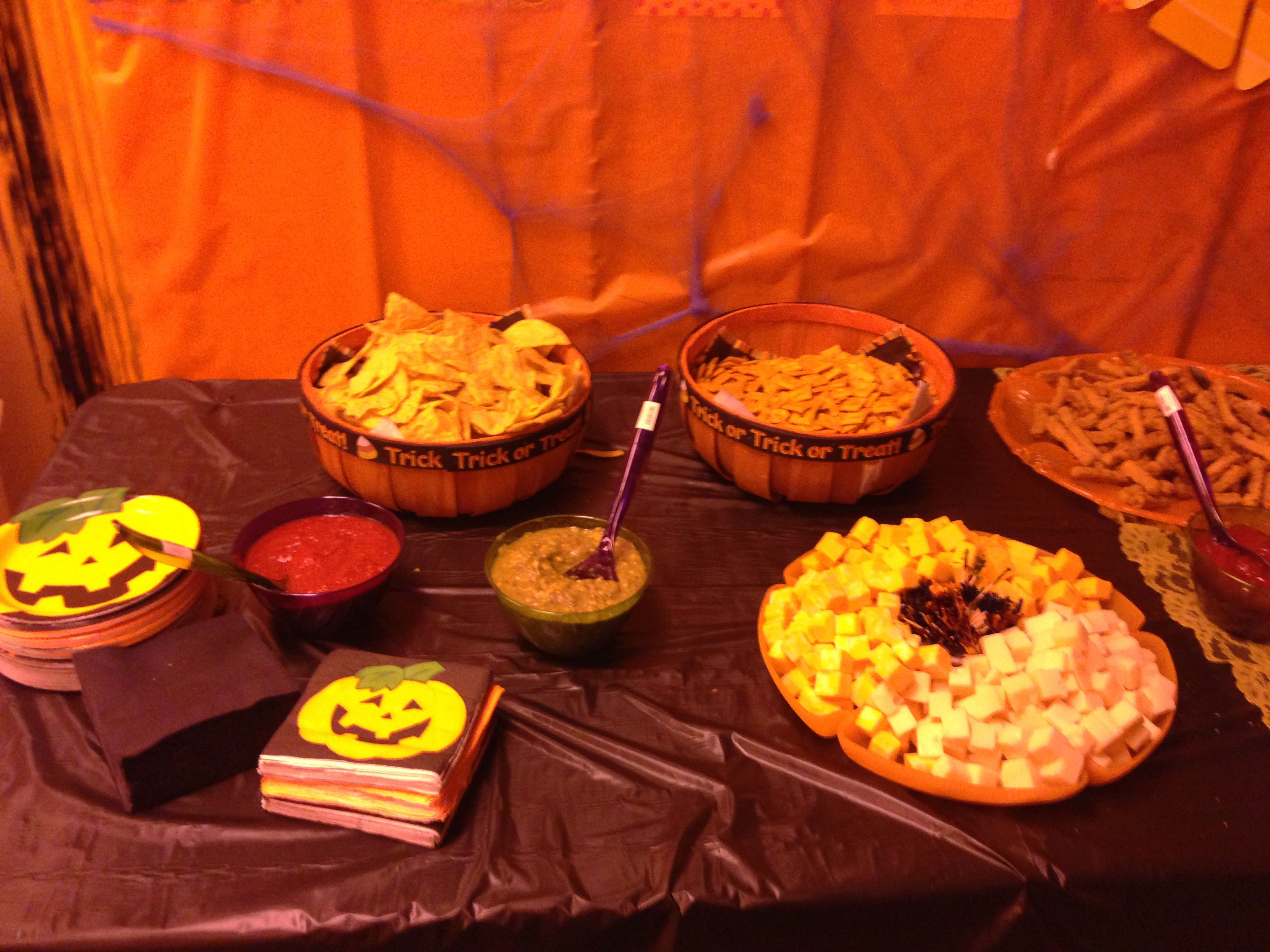 Halloween buffet table - This Years Halloween Buffet Table