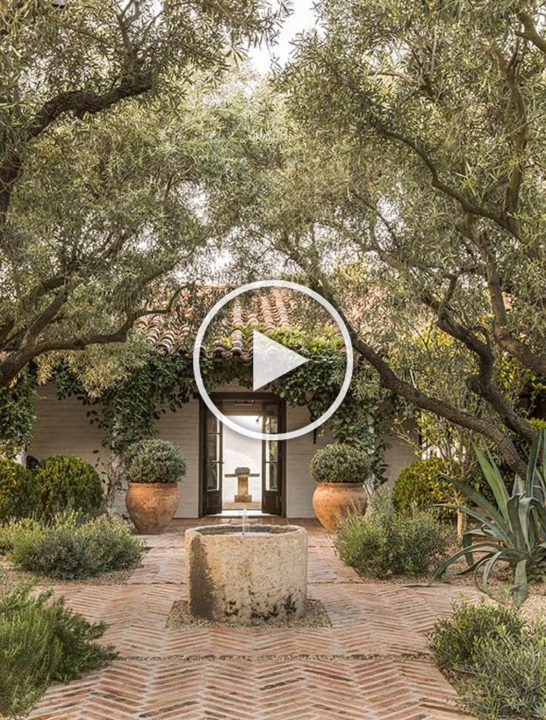 Design Ed Scott Shrader Garden Design Rough Luxe Lifestyle Gardendesign Outdoor Living Mediterraner Garten Garten Deko Diy Garten