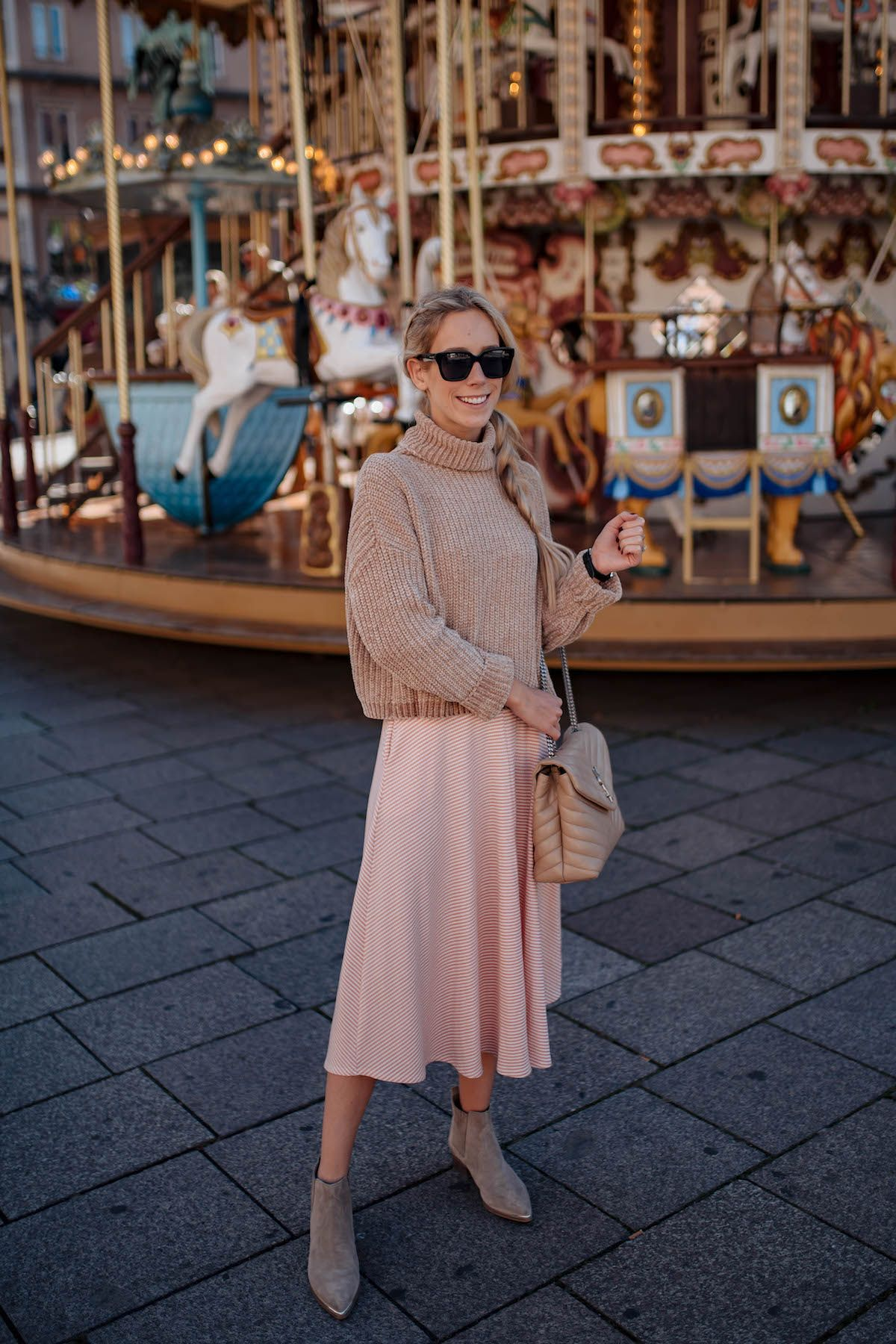 Outfit Hack Layer A Chunky Sweater Over A Midi Dress For A Fall Appropriate Look Midi Dress Outfit Fall Maxi Dress Outfit Fall Sweater Over Dress [ 1800 x 1200 Pixel ]