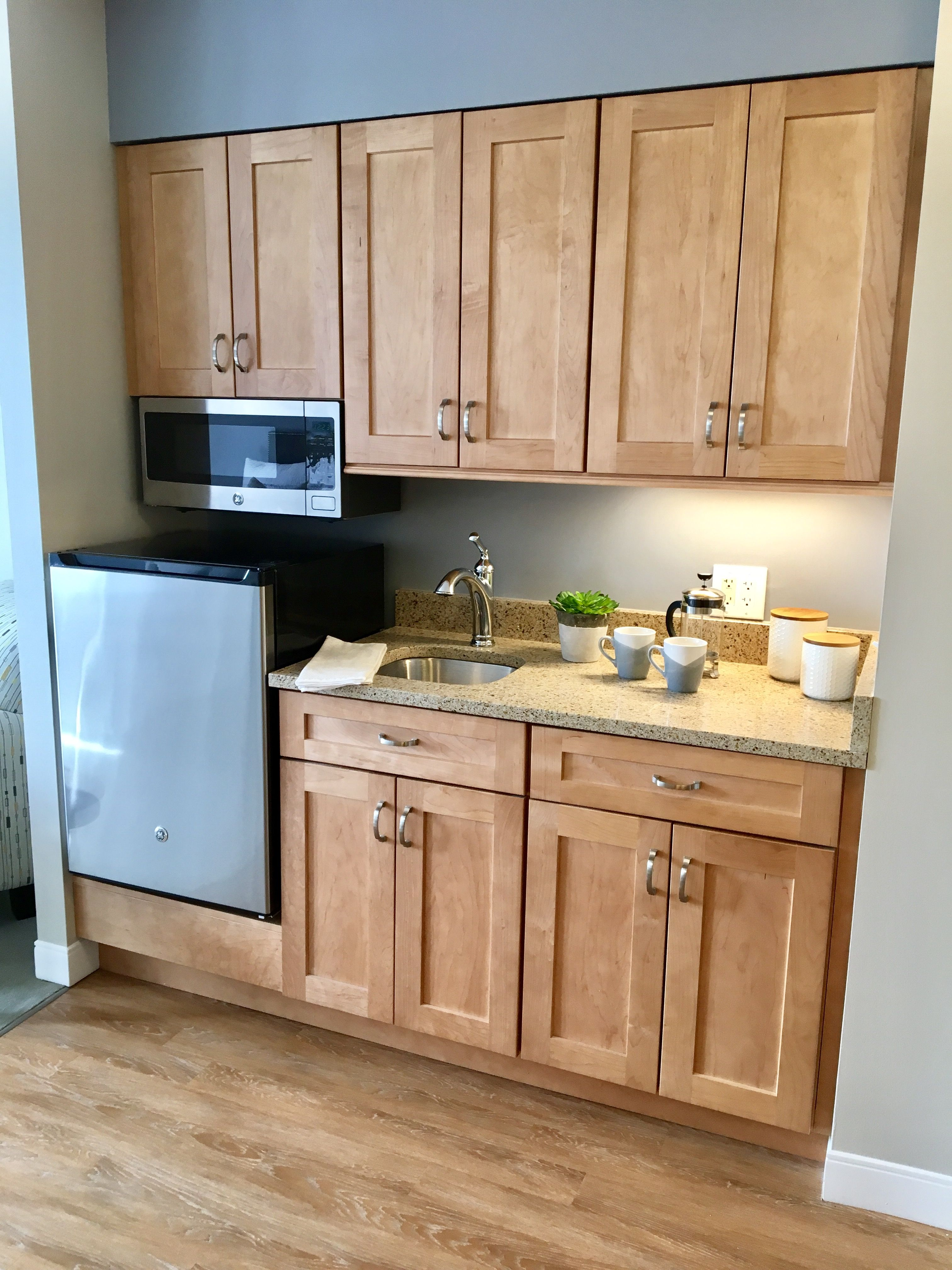 Kitchenette, Light Maple Cabinets, Quartz Countertops