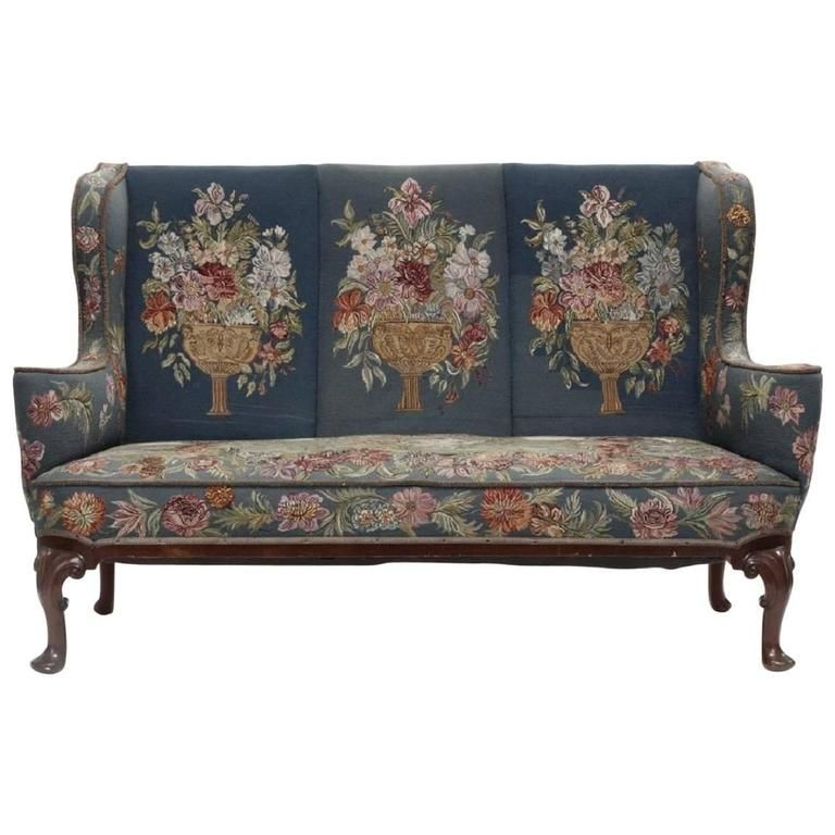 Queen Anne Style Mahogany Sofa