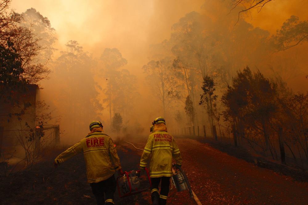 Catastrophic Wildfires Threaten Sydney, Australia, as