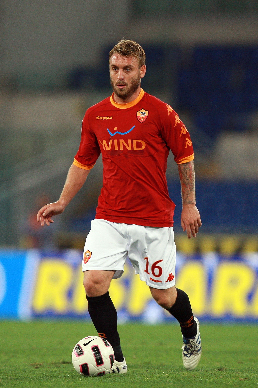 Daniele De Rossi midfield general